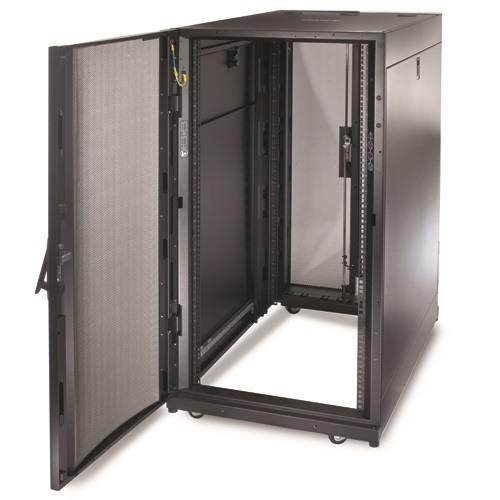 ארון תקשורת APC NetShelter SX 24U Server Rack Enclosure 600mm x 1070mm w/ Sides Black AR3104