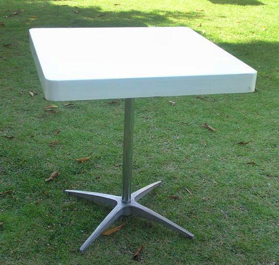 שולחן בית קפה לבן