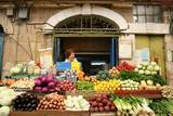 סיור בירושלים - בסטת ירקות טיפוסית ברח´ האגס/יעקב בנאי, שוק מחנה  יהודה