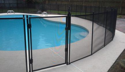 שער לגדר בריכת שחייה - אמריקאי