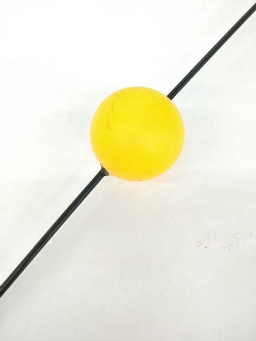 כדור אוריטנציה עם קורת קרבון