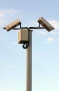 מצלמות אבטחה המותקנות בהתקנה חיצונית עם מיגון וזרו