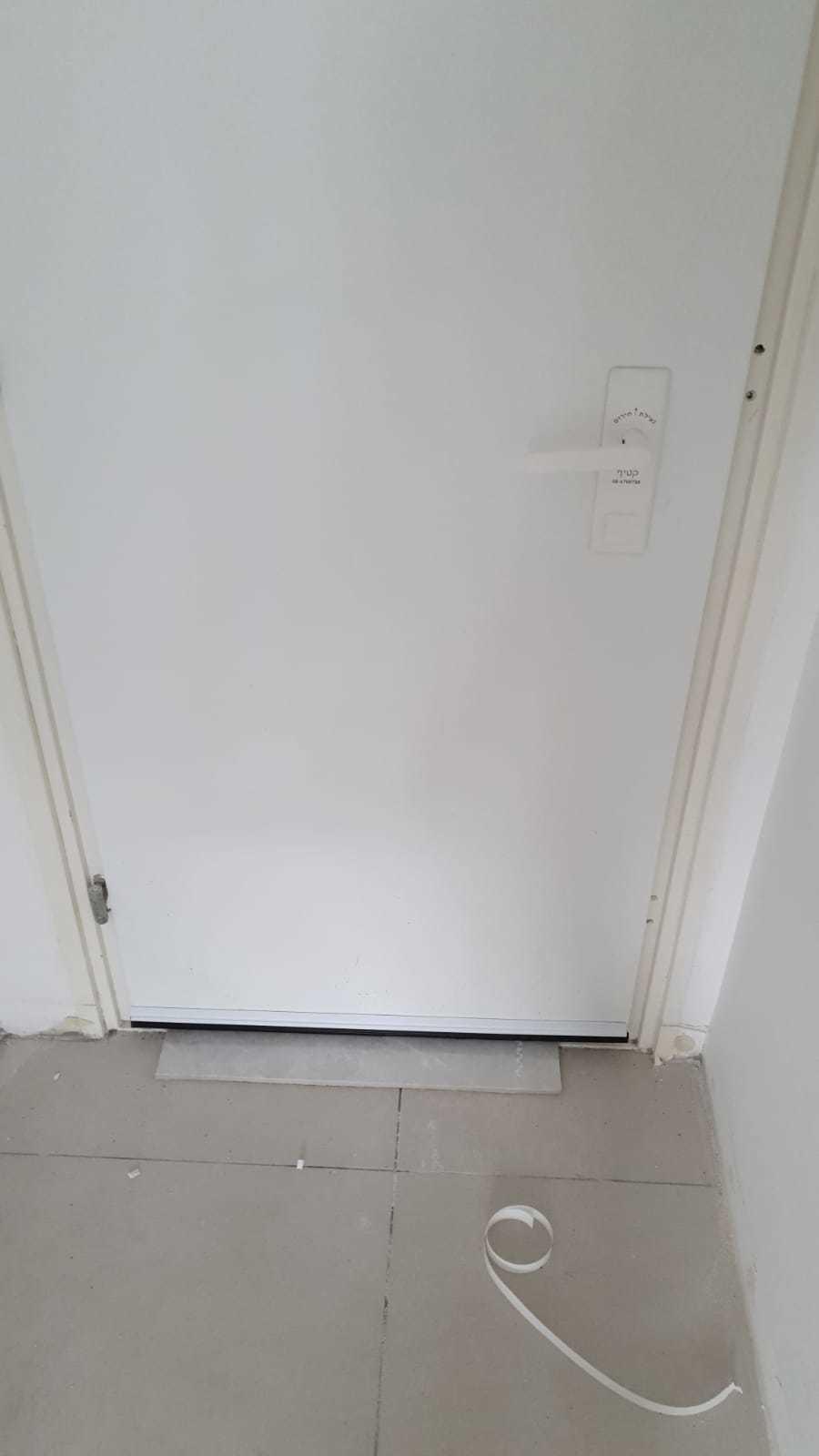דלת ממד
