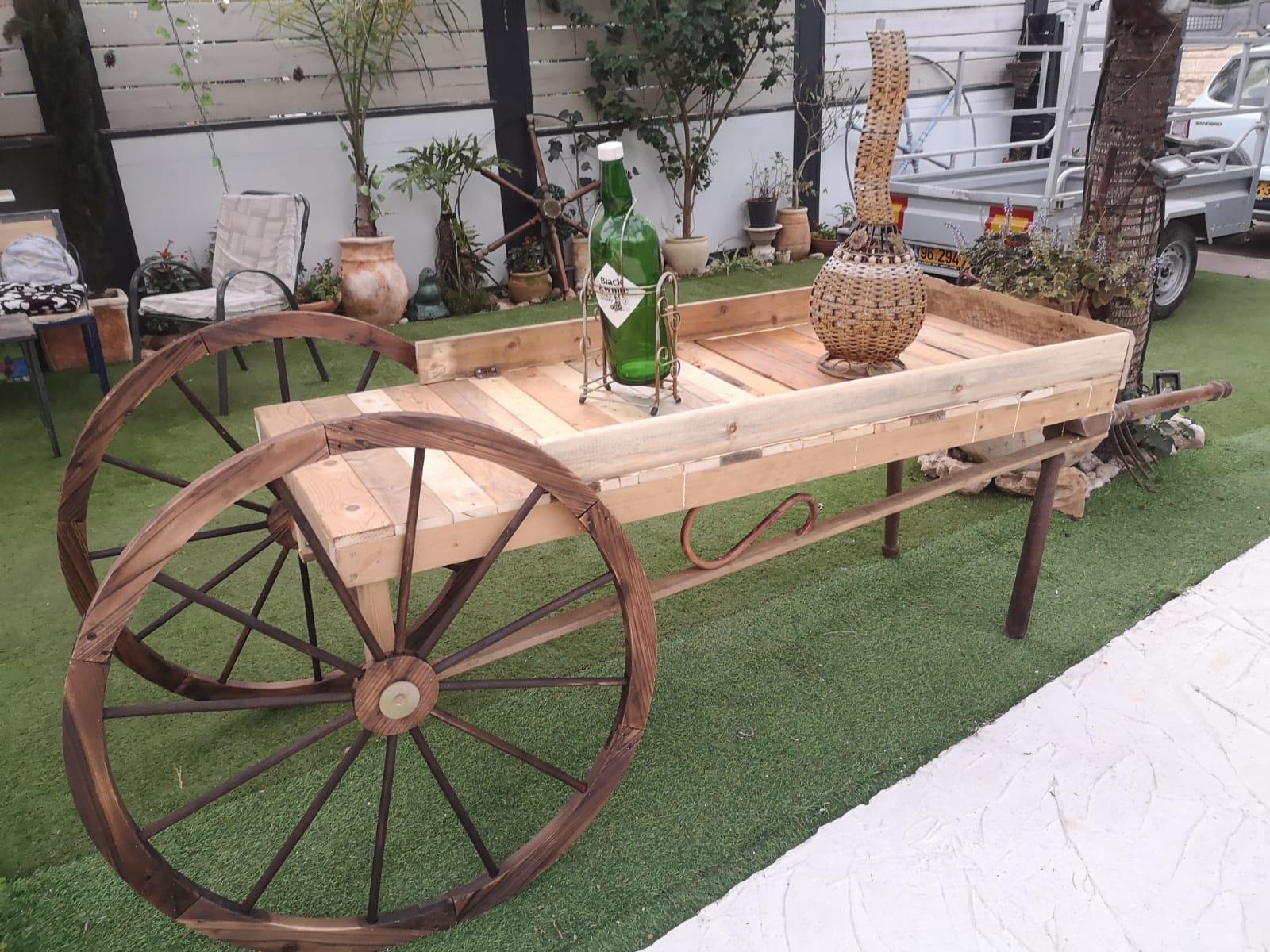 גלגלגים מעץ לגינה, גלגלים מעץ לנוי, גלגל עץ עתיק,