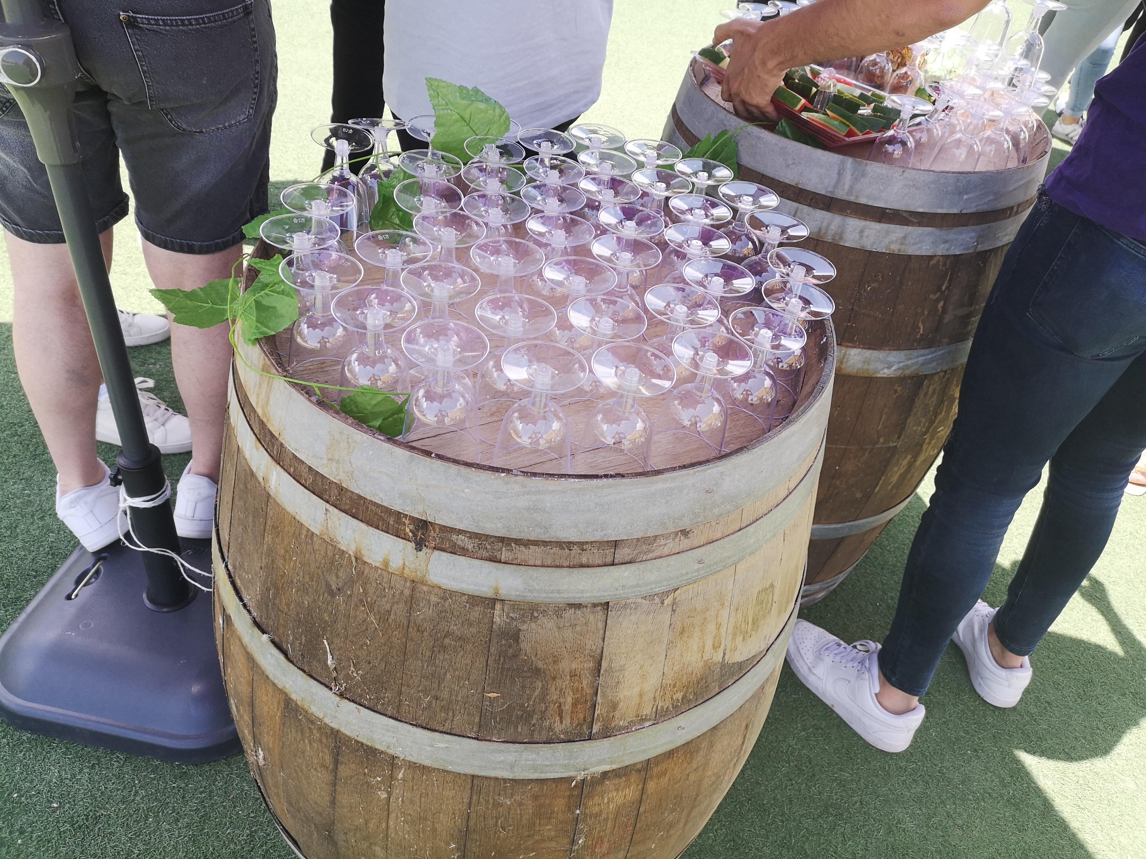 חביות יין להשכרה