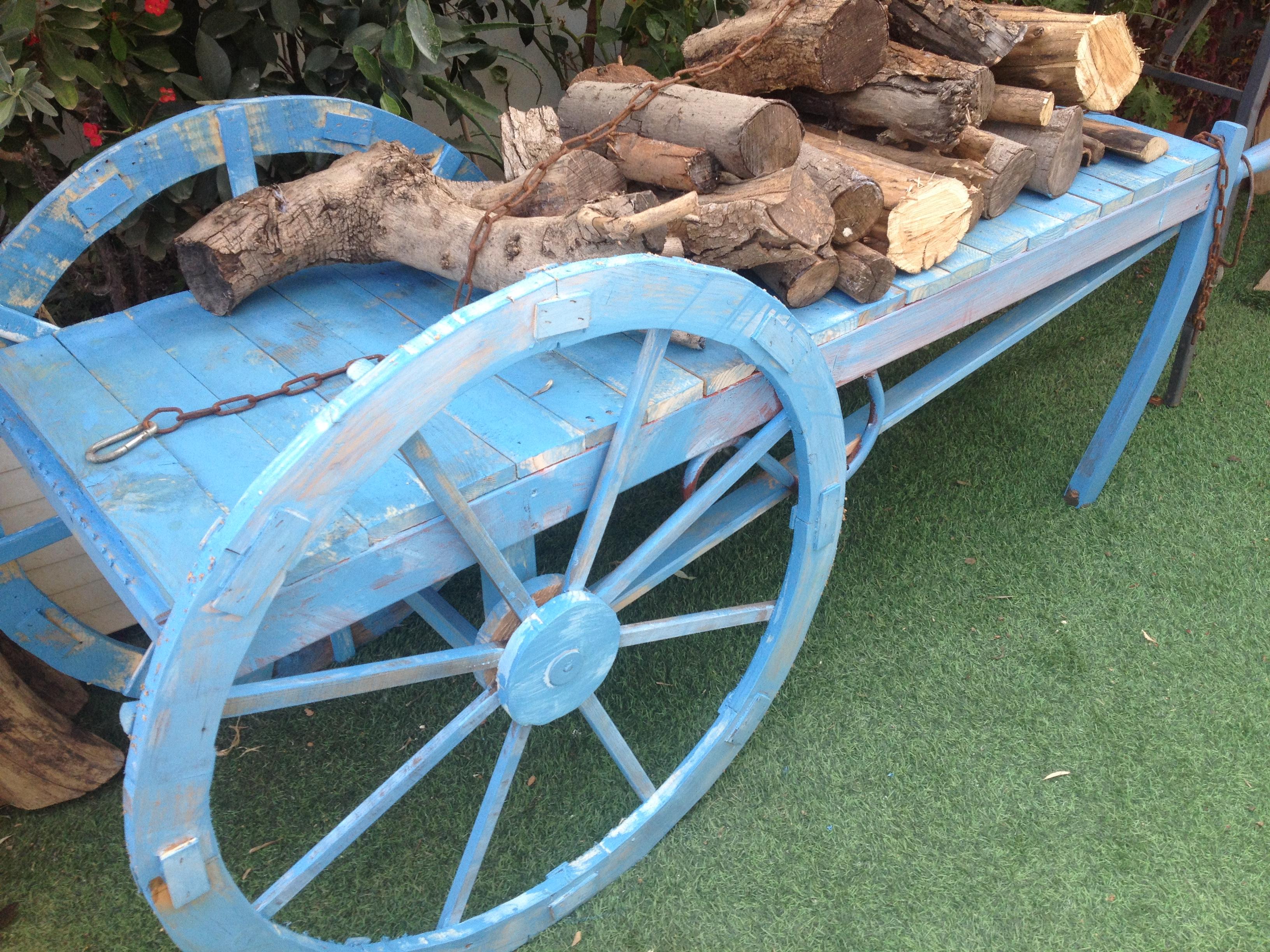 גלגל מרכבה, גלגל עץ, גלגל עץ עתיק, גלגל כרכרה, לנו