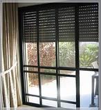 דלתות יציאה למרפסת כולל תריס גלילה חשמלי