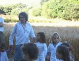 גידי והילדים רוקדים