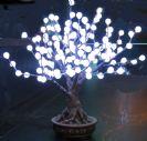עץ לדים כדורים - 56