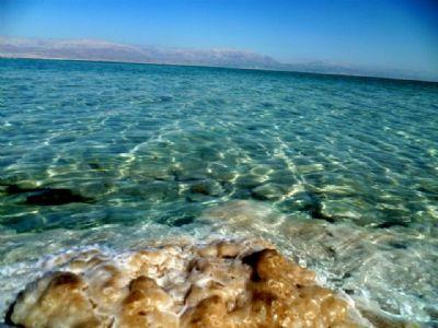 טיולי ג'יפים בים המלח -מים צלולים ומלוחים