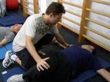 """ספורט טיפולי וכושר שיקומי בחדר כושר """"וינגייט"""" - מתיחות"""