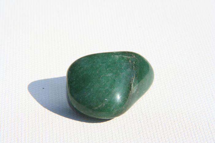 אבן מזל אוונטורין ירוק