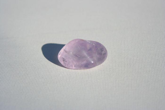 אבן מזל אמטיסט