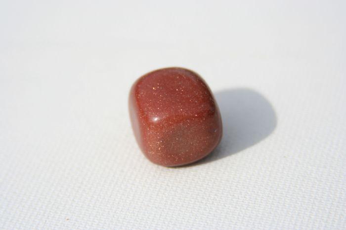 אבן מזל גולד סטון