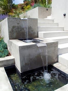 2 מדרגי מים במדרגות