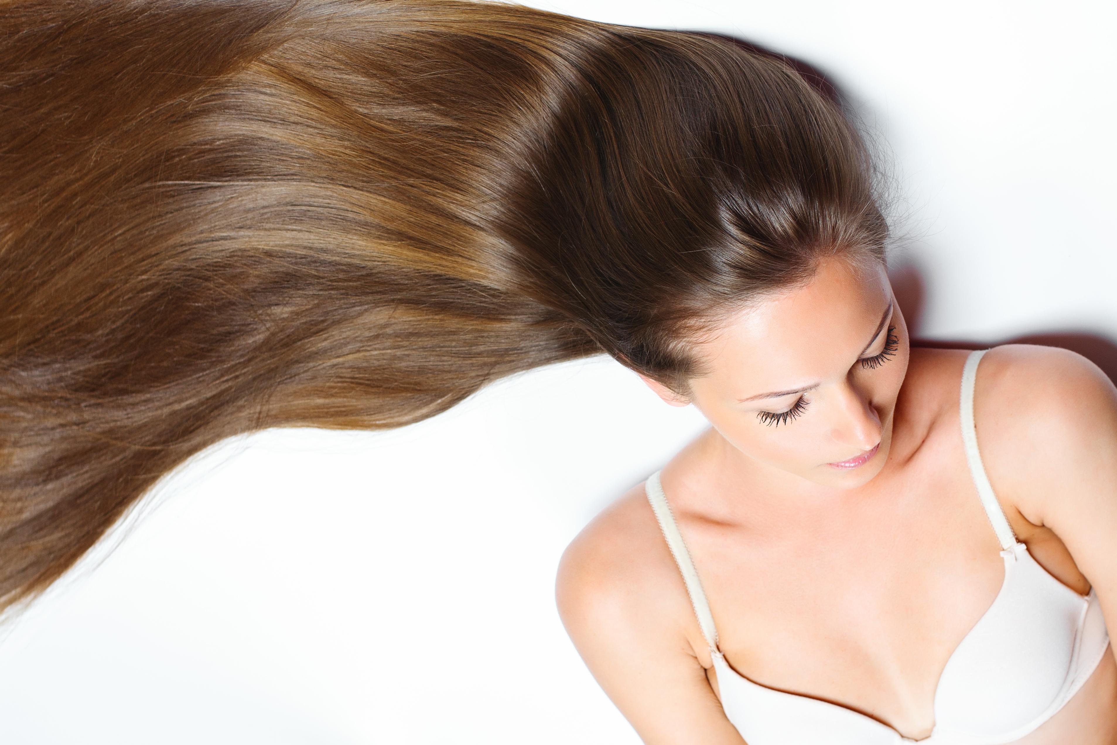 שיער רוסי בגווני חום בינוני
