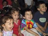 יוגה צחוק לילדים - לפני ששוכחים איך - לומדים לנצל את הצחוק לטובתנו, לריכוז בלימודים, למדיטציה ורוגע