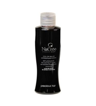 שמפו הצובע שיער בגון חום או אפור טבעי