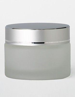 """צנצנת זכוכית חלבית לקרם 50 מ""""ל  מכסה כסף"""