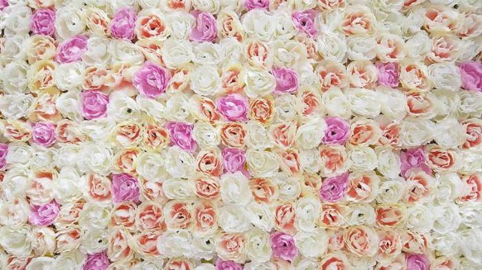 קיר פרחים לבת מצווה