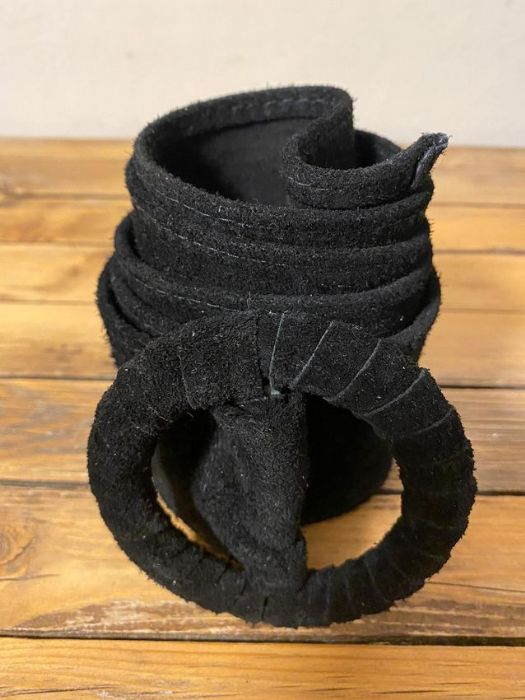 חגורה עור שחור