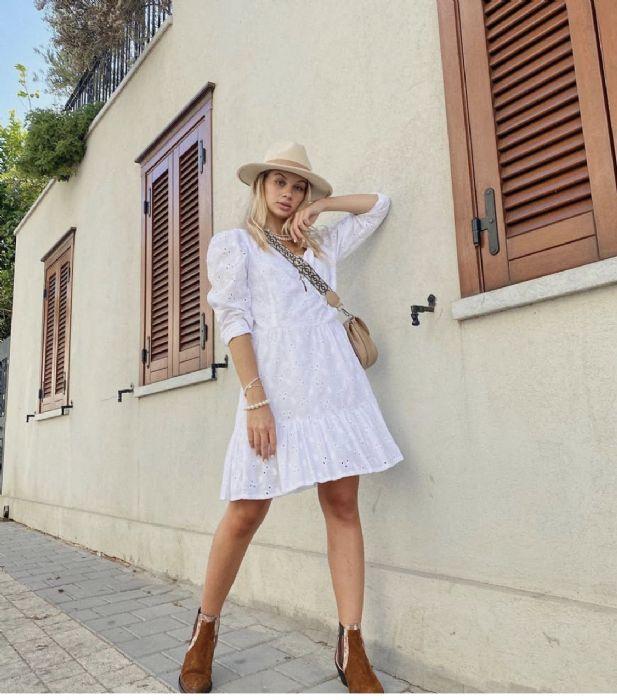שמלה לבנה תחרה