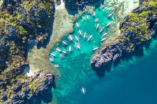 דילוג בין האיים 19 ימים