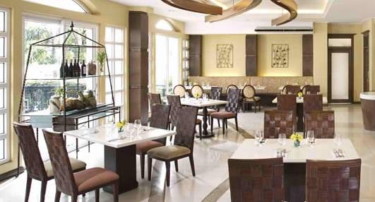 חדר אוכל מלון ונציה