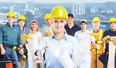 עובדים עם קסדות- בטיחות בעבודה