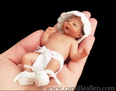 פסל של תינוק ממרציפן