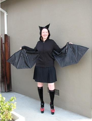 תחפושת עטלף ממטריה שבורה