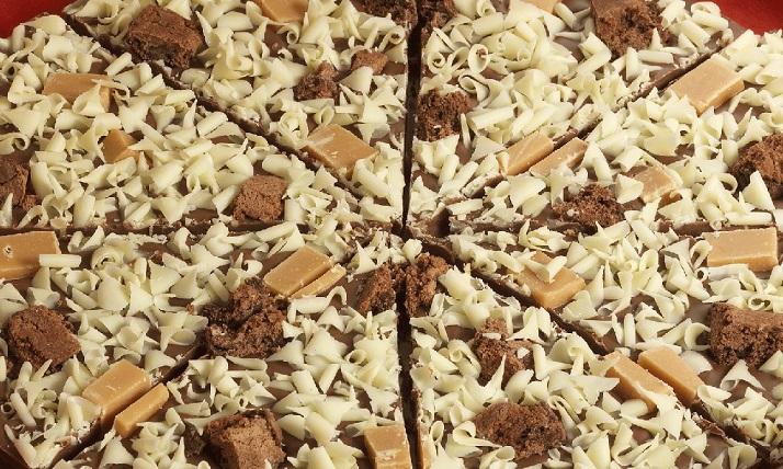פיצת שוקולד