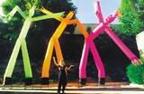בובה רוקדת - DANCER בגובה 9 מטר ( ניתן גם להדפיס על גבי הבובה לוגו חברה או כל הדפסה אחרת )
