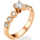 """טבעת אירוסין בשיבוץ מיוחד כל יהלום בכוס נפרדת במשקל של  סה""""כ כ-0.33 קרט בצבע G וניקיון SI1."""