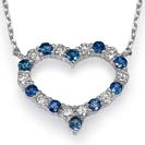 תליון יהלומים וספירים כחולים המשובץ ב 10 יהלומים במשקל של כ-0.3 קרט בצבע F וניקיון SI1 ו 10 ספירים כחולים נקיים לעין במשקל של כ-0.55 קרט.