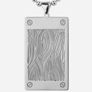 תליון לגבר העשוי כסף 925 מועצב בגימור עץ.