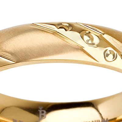Titanium wedding bands - Delicate Brushed titanium ring with diamond like engraved trims and 14k gold plating - 4mm