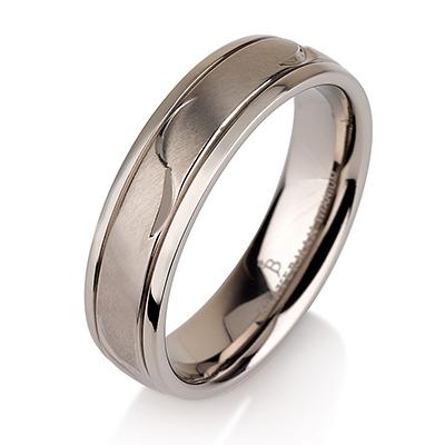 Titanium wedding bands - Leaf engraved titanium ring with brushed finishing and polished sides - 6mm