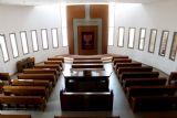 בית כנסת-מבט כללי לכיוון ארון הקודש