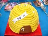 ראש השנה - עוגת כוורת (לאחר שילדים טעמו כמה דבורים...)