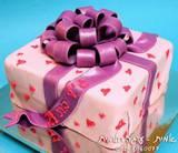 עוגת מתנה בורוד ולבבות...