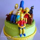 עוגת משפחת סימפסון בהרכב מלא...