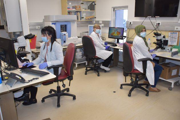 צוות מעבדת כרמל, צילום באדיבות דוברות מרכז רפואי כרמל