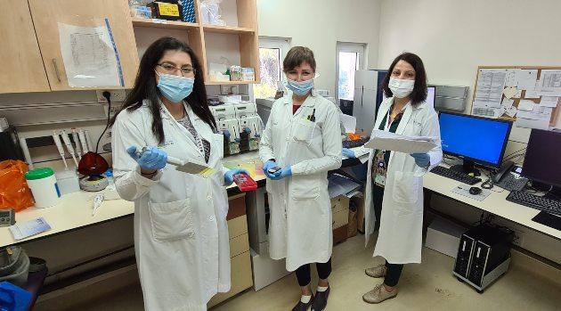 צוות המעבדה הגנטית, מרכז רפואי כרמל