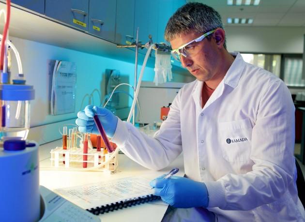 חברת התרופות הישראלית קמהדע נכנסת לתחום הטיפול האונקולוגי: משיקה מחדש זריקה תת עורית הניתנת פעם בחצי שנה לחולי סרטן הערמונית, שנמצאת כבר בסל הבריאות. צילום באדיבות קמהדע