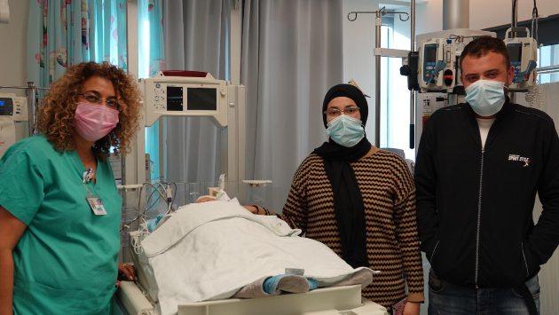 מראה של 1:300,000: הרופאים בשערי צדק נלחמו על חיי פעוט בן 10 ימים שהורדם והונשם בשל תסמונת