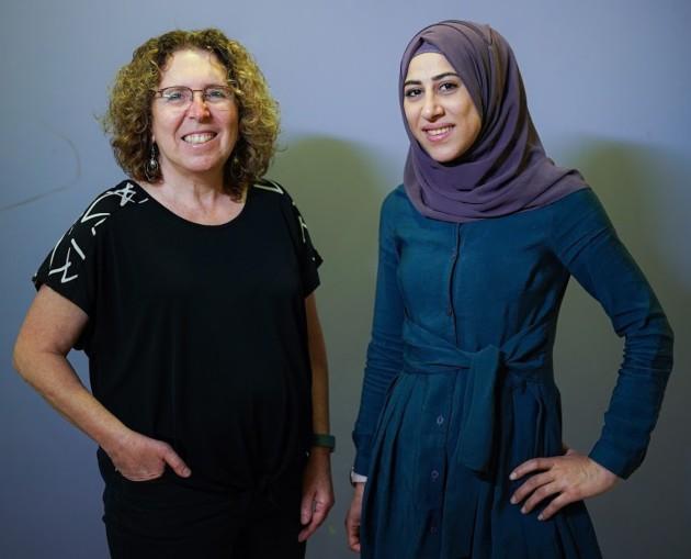 אינאס חלומה ודר דבי יבלונסקי מהפקולטה לרפואה בטכניון. צילום ניצן זוהר דוברות הטכניון