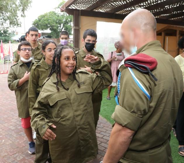 תלמידי בית הספר לחינוך מיוחד סאלד בכפר סבא התגייסו לקומנדו. צילום באדיבות משרד החינוך