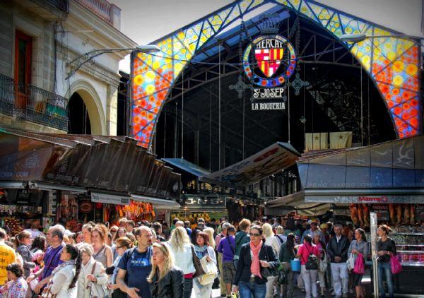הכניסה לשוק הבוקריה בברצלונה