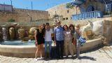 ביפו העתיקה עם אמה ביום העצמאות        Emma in Old Jaffa with Nechami´s family on Independence Day